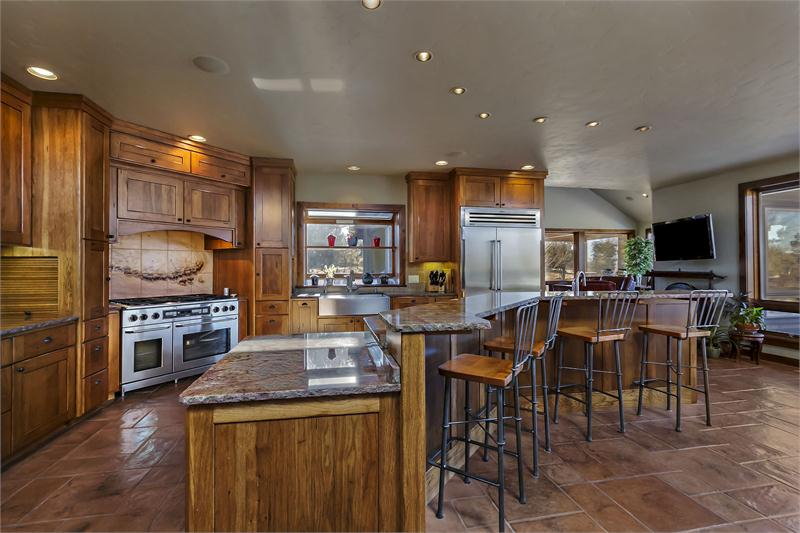 Magnificent Bend Oregon Estate With Cascade Mountain